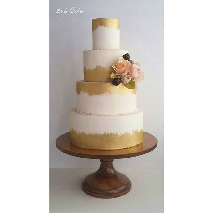 Single tier and multi tiered cakes by Baby Cakes - 004