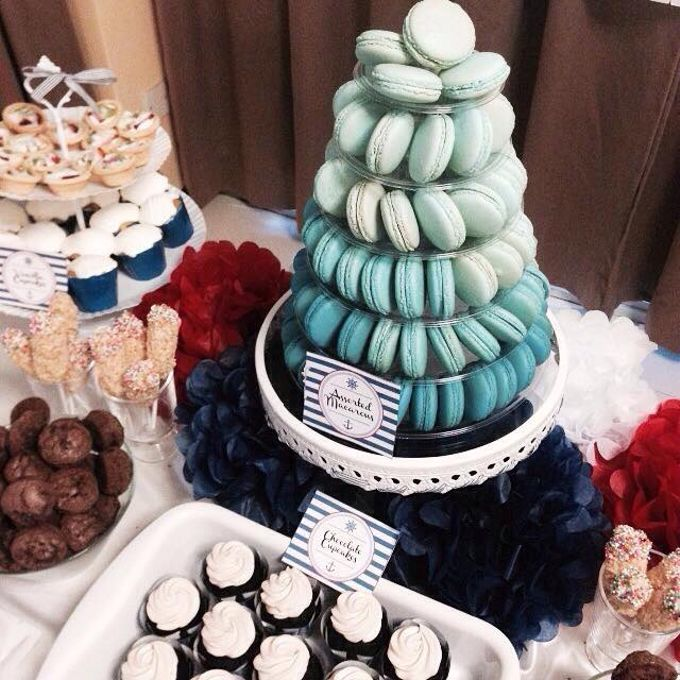 Dessert Table by Amore Macarons - 002