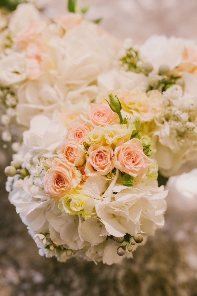 Bridal Bouquets by Ever & Blue Floral Design - 029