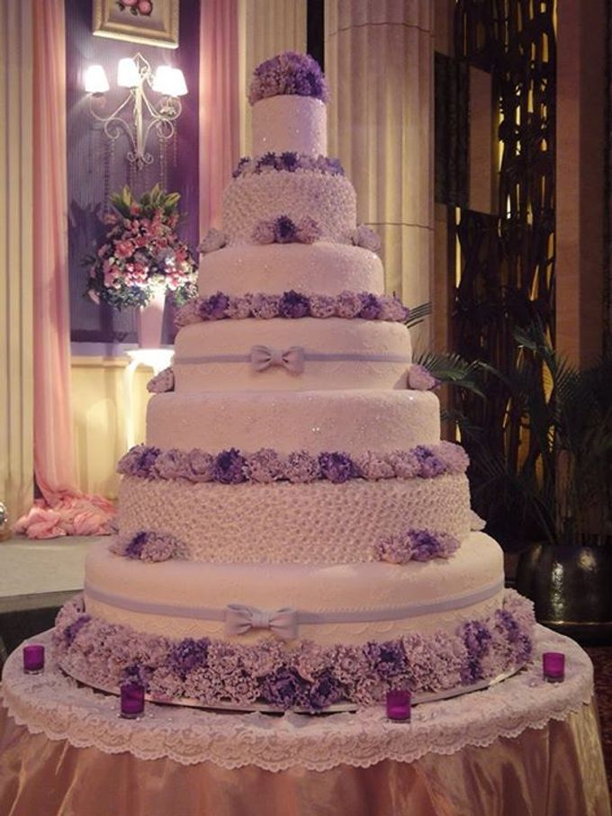 7 tiers Wedding Cake by LeNovelle Cake - 011
