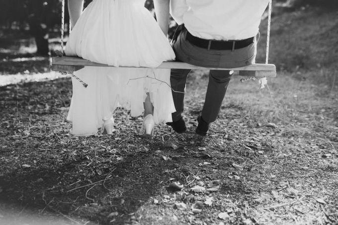 Rustic chic wedding by Lirica - 010