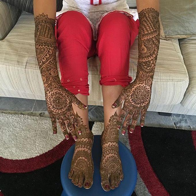 Bridal Henna - Intricate by Nakreze Mehndi - 030