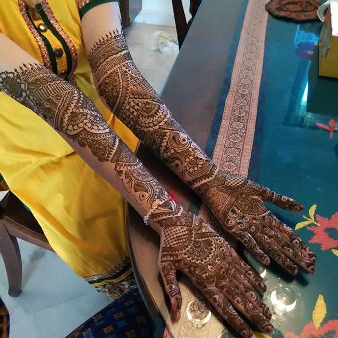 Bridal Henna - Intricate by Nakreze Mehndi - 035
