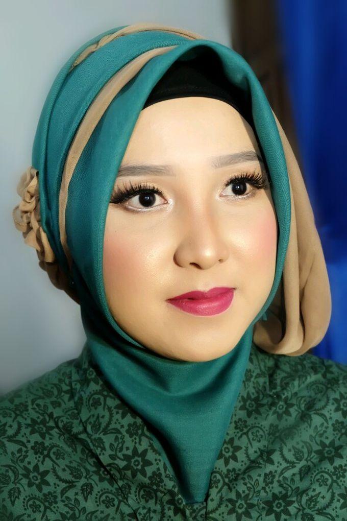 Makeup Bridesmaid by VidJei Makeup - 012