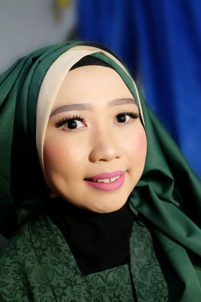 Makeup Bridesmaid by VidJei Makeup - 009