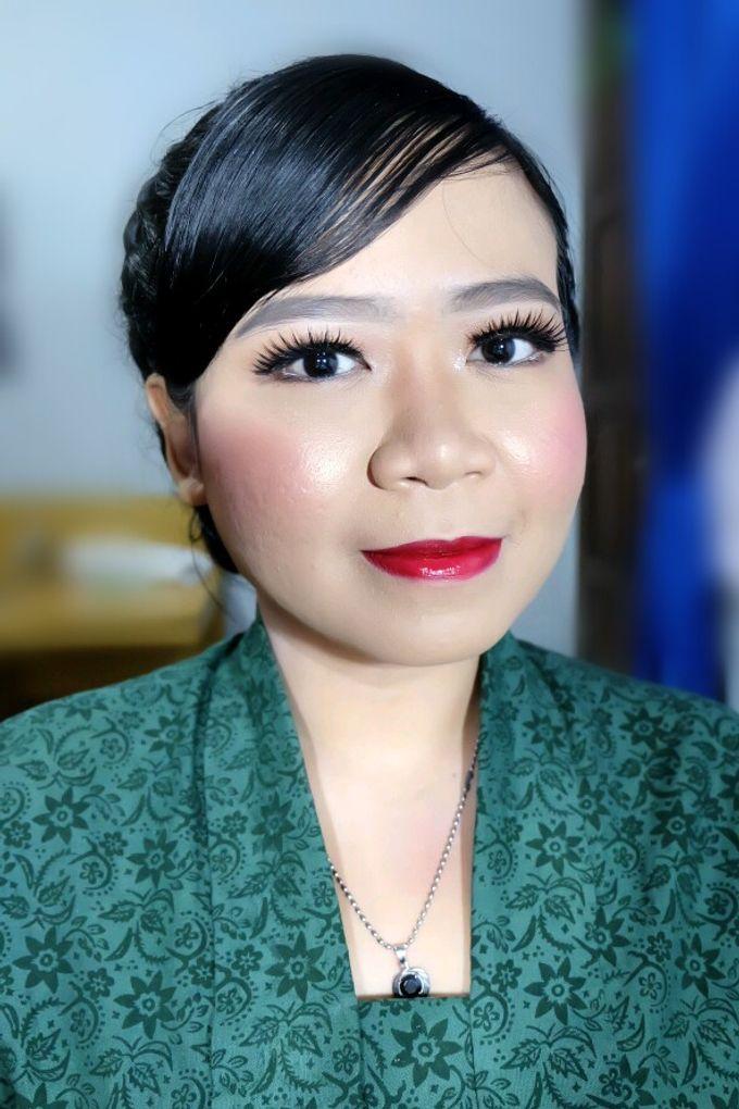 Makeup Bridesmaid by VidJei Makeup - 007