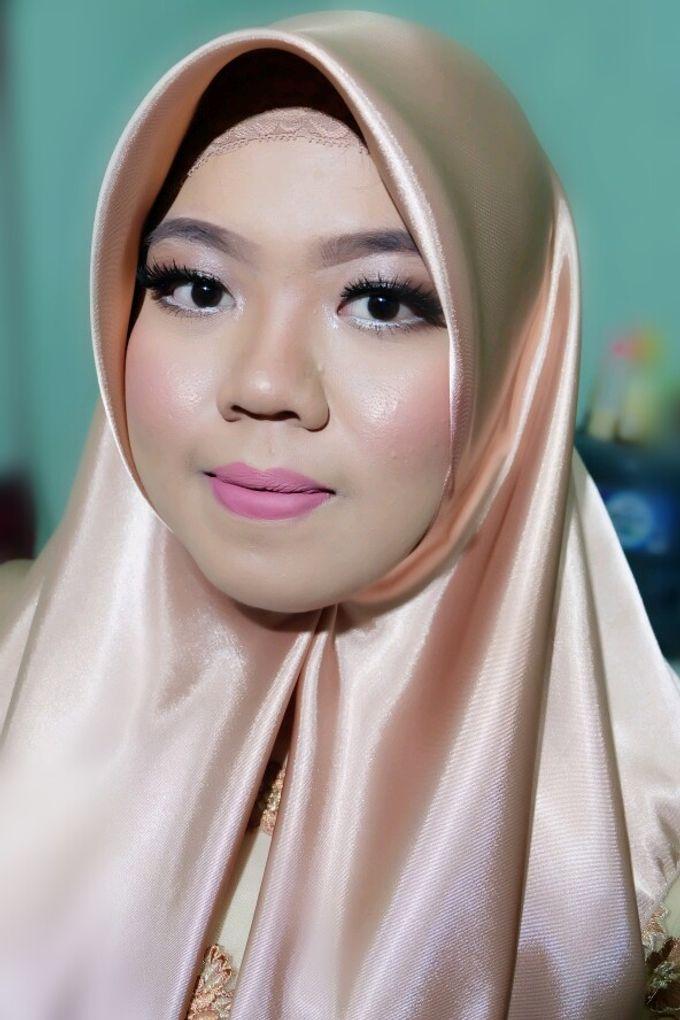 Graduation makeup by VidJei Makeup - 011