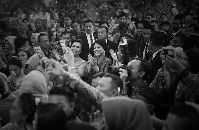 The Wedding Of Astrini & Rian by Soe&Su - 005