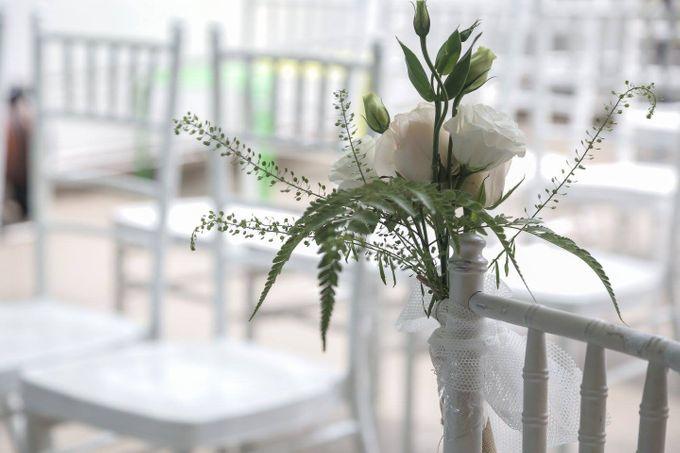 Solemnization / Reception Table / Wedding Venue Decoration by Petite Fleur SG - 022