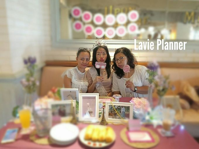 Bridal shower table decor by Lavie Planner - 002