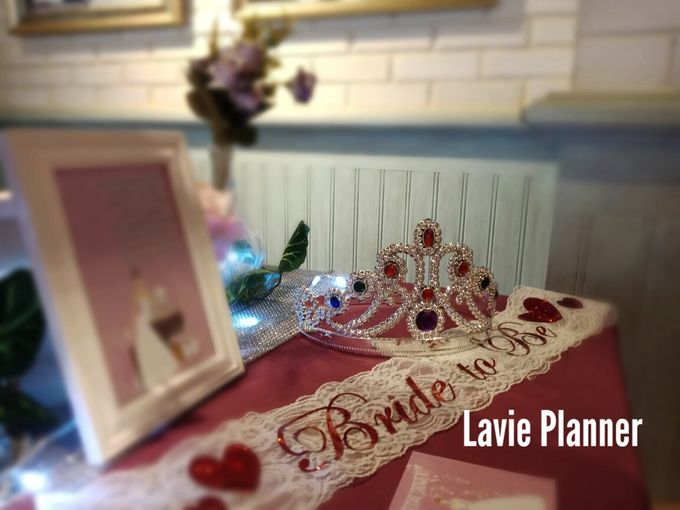 Bridal shower table decor by Lavie Planner - 003