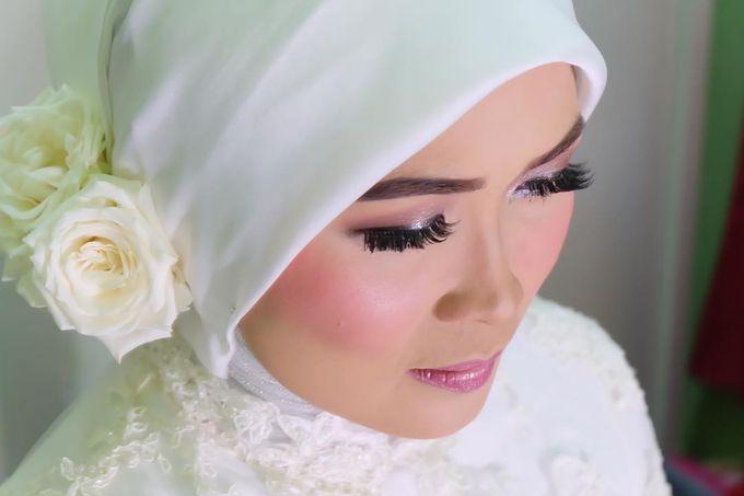 Devi Wedding Day by Ifti Tasya Makeup Artist - 003