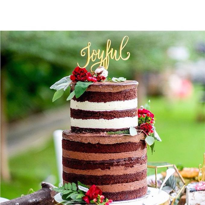 Flowers on Cake by Angie Fior - 015