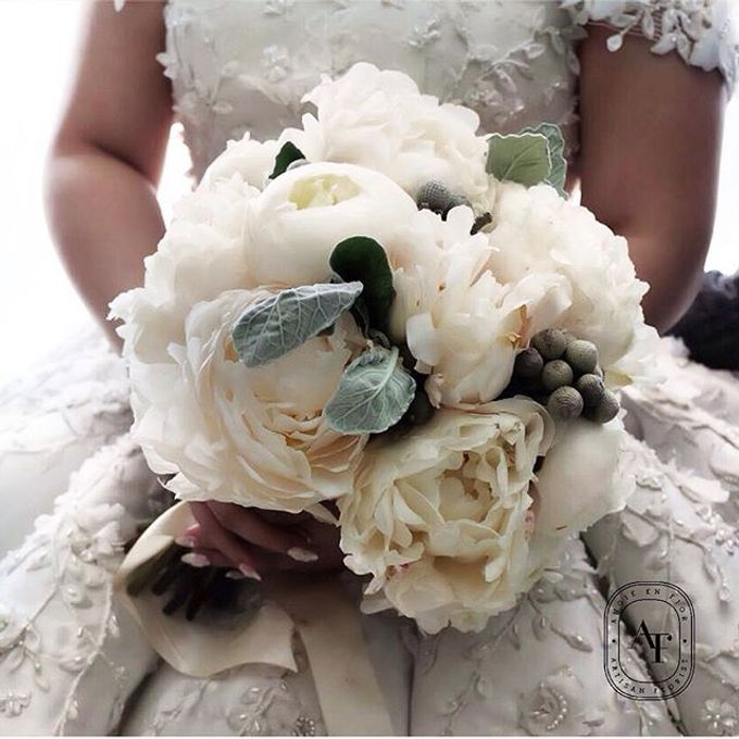 Bride Bouquet by Angie Fior - 045