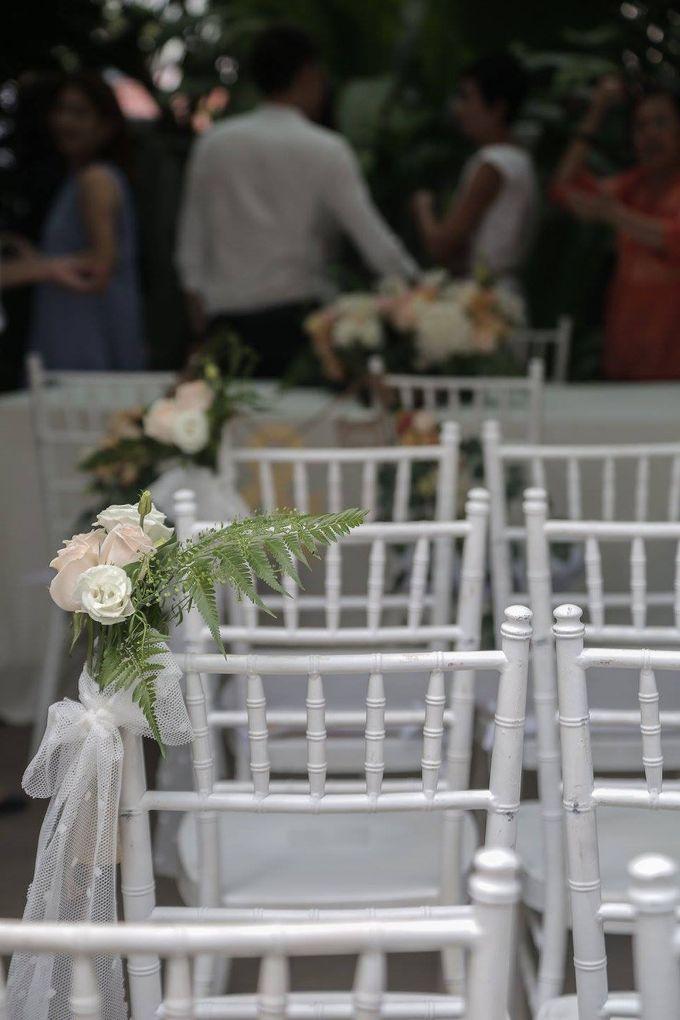 Solemnization / Reception Table / Wedding Venue Decoration by Petite Fleur SG - 025