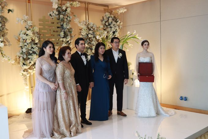 New Normal Entertainment Wedding at Westin Jakarta by Double V Entertainment by Double V Entertainment - 013