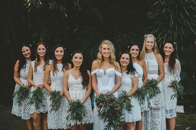 Backyard Jewish Wedding by Flora Botanica Designs - 009