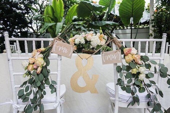 Solemnization / Reception Table / Wedding Venue Decoration by Petite Fleur SG - 002