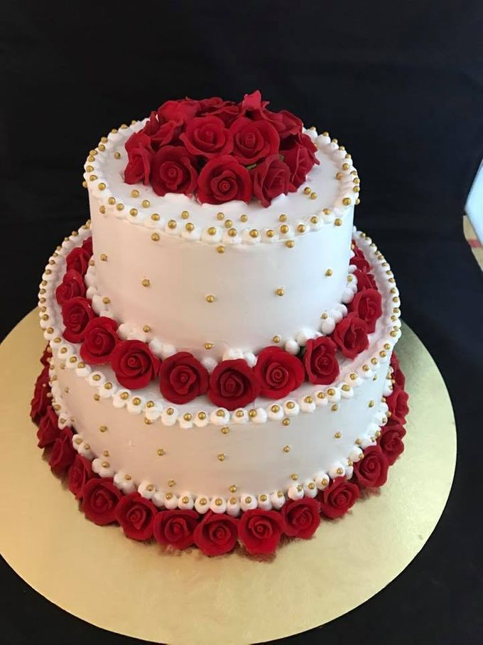 Floral Wedding Cake by Nurture Cakes -Gourmet Cakes with Egg and Eggless - 004