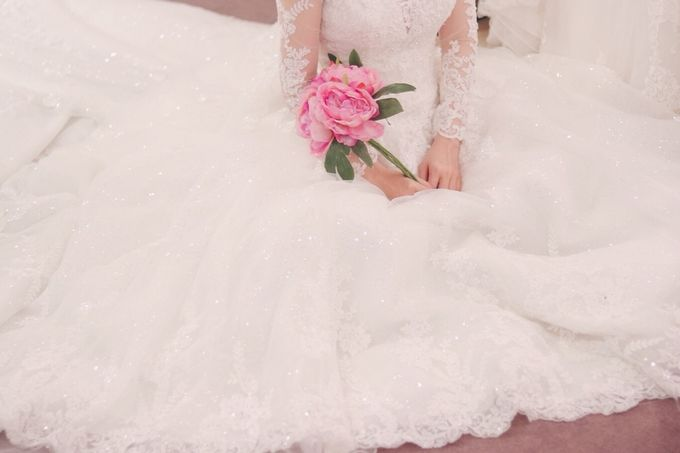 In search of the dream wedding gown by Cang Ai Wedding - 006