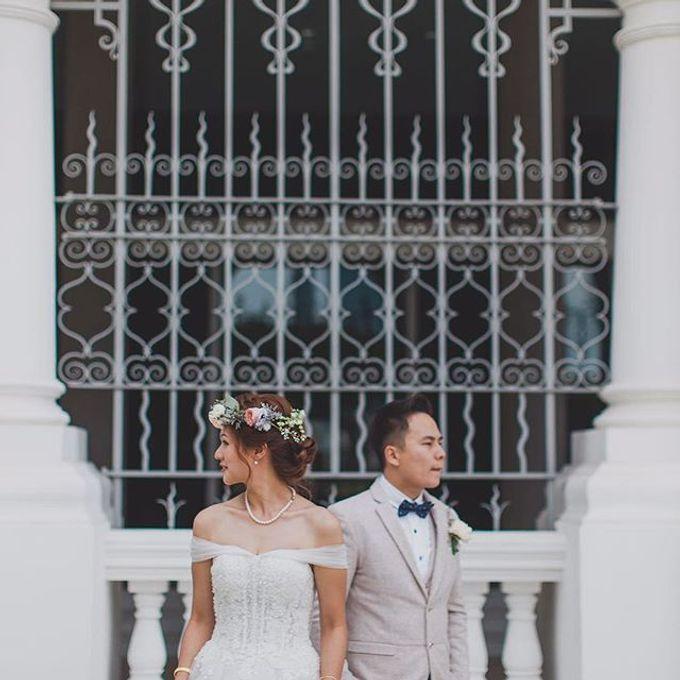 Bridal Hand Bouquet by Petite Fleur SG - 011