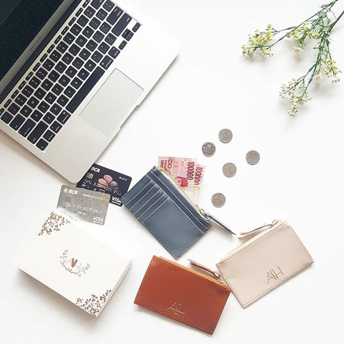 Card & Coin Holder by IWP - 001