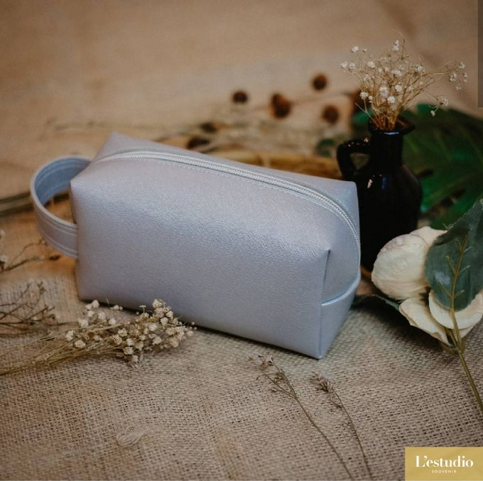 Favor & Gifts: Card Holder & Pouches by L'estudio - 002