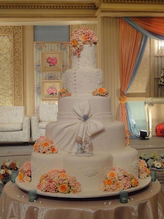 5 layers Wedding Cakes by LeNovelle Cake - 008