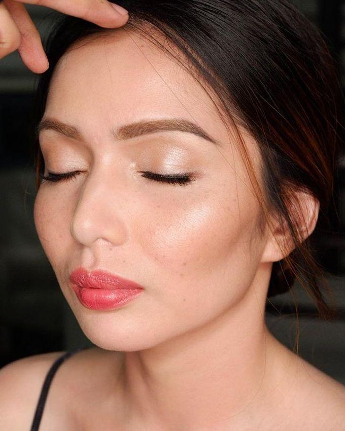 Glow.  by ARYANiii - Makeup Artist - 002