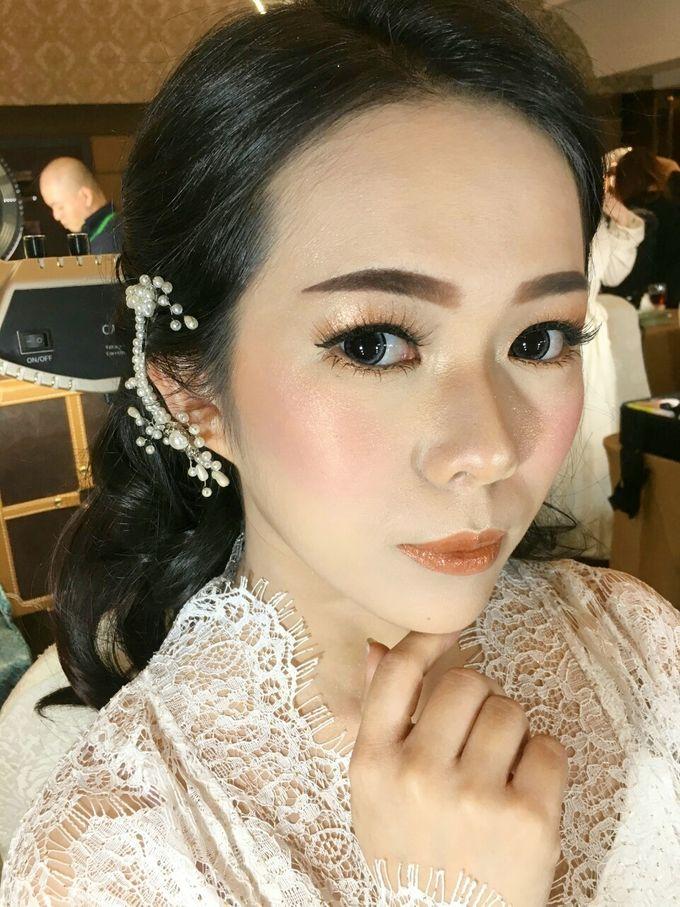 Bride Makeup by Desy Lestari Makeup - 006