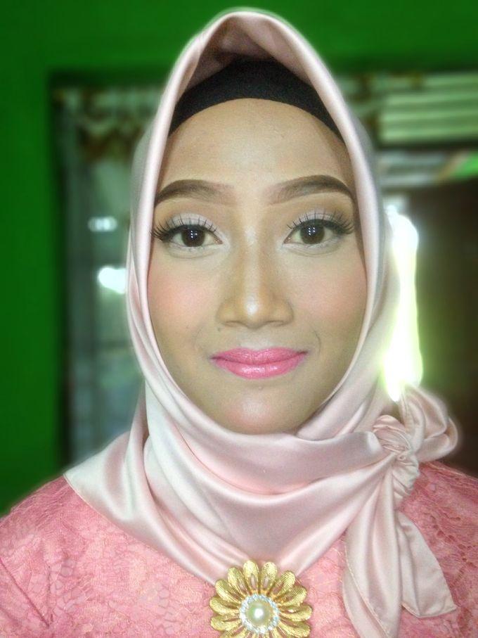 Graduation Makeup by Tiyas Makeup - 031