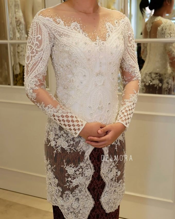 WEDDING CEREMONY KEBAYA MODERN / TRADISIONAL by DELMORA - 011