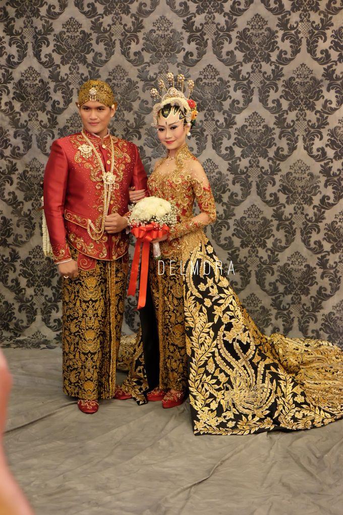 WEDDING PARTY KEBAYA MODERN / TRADISIONAL by DELMORA - 005