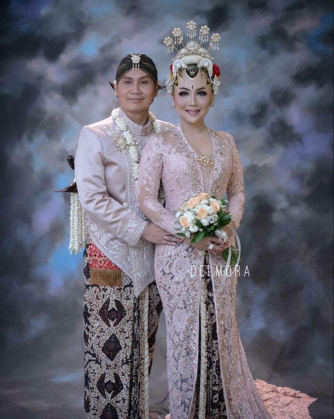 WEDDING PARTY KEBAYA MODERN / TRADISIONAL by DELMORA - 019