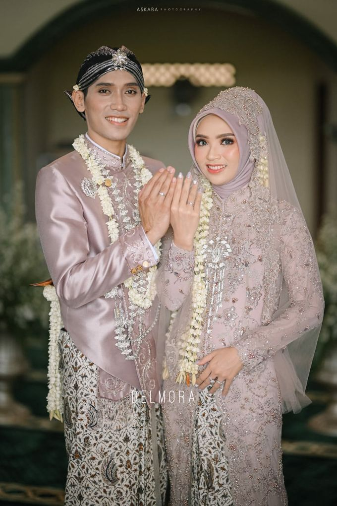 WEDDING CEREMONY KEBAYA MODERN / TRADISIONAL by DELMORA - 017