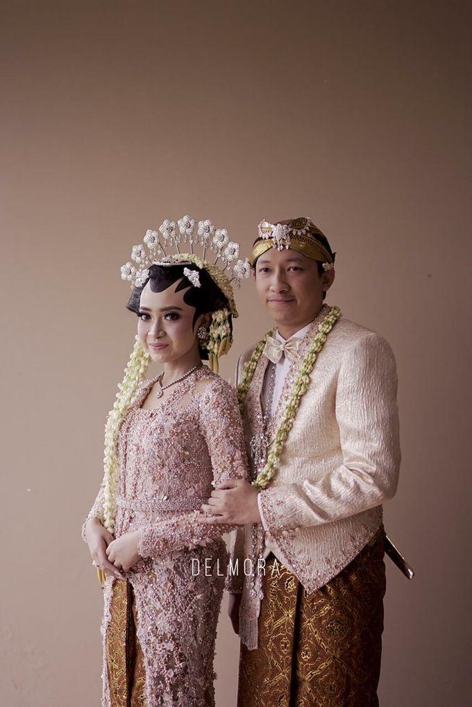 WEDDING PARTY KEBAYA MODERN / TRADISIONAL by DELMORA - 017