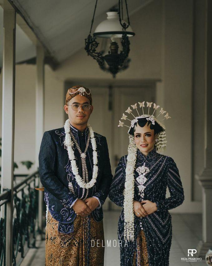 WEDDING PARTY KEBAYA MODERN / TRADISIONAL by DELMORA - 023