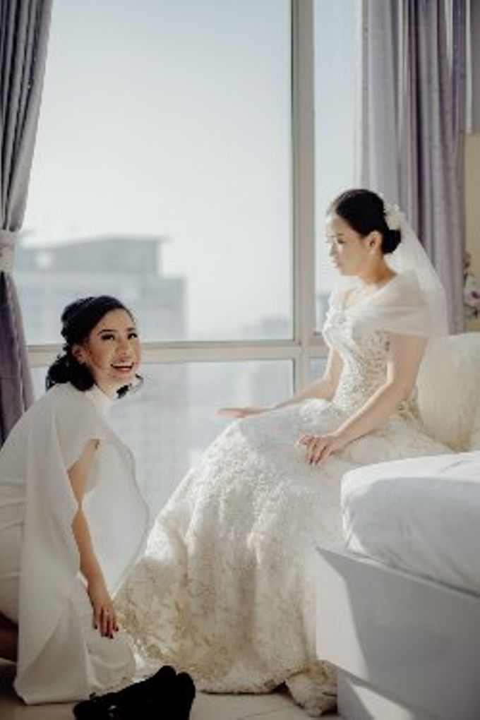 The Wedding Of Fransisca & Edi by Favor Brides - 011