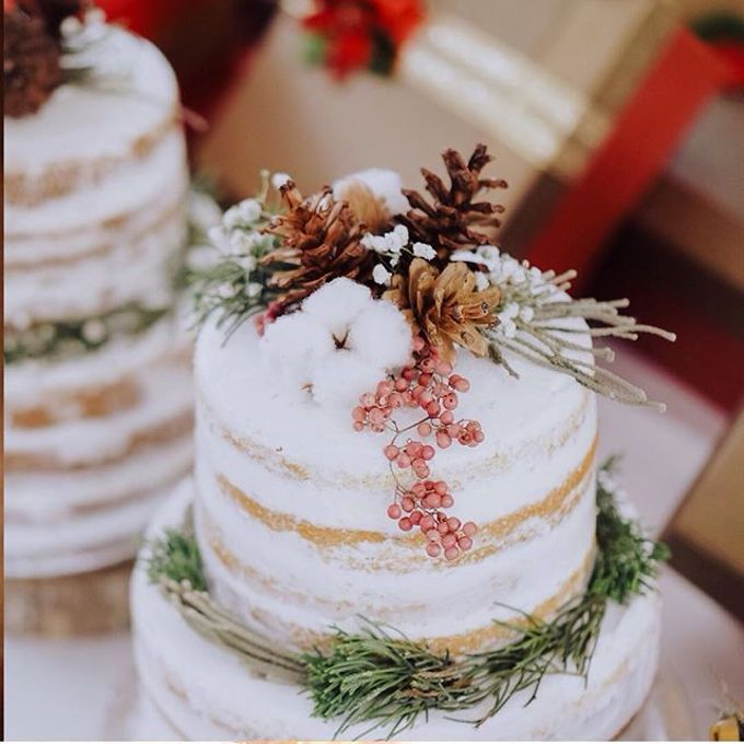 Flowers on Cake by Angie Fior - 012
