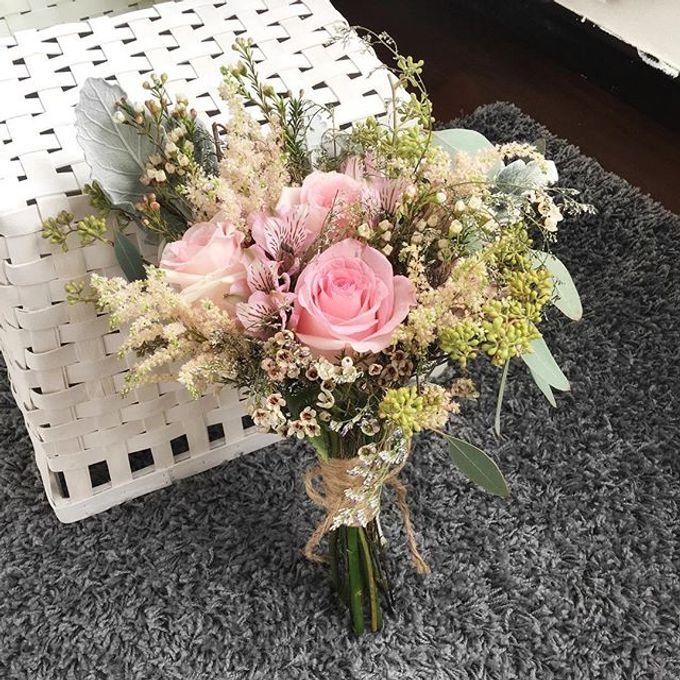 Bridal Hand Bouquet by Petite Fleur SG - 030