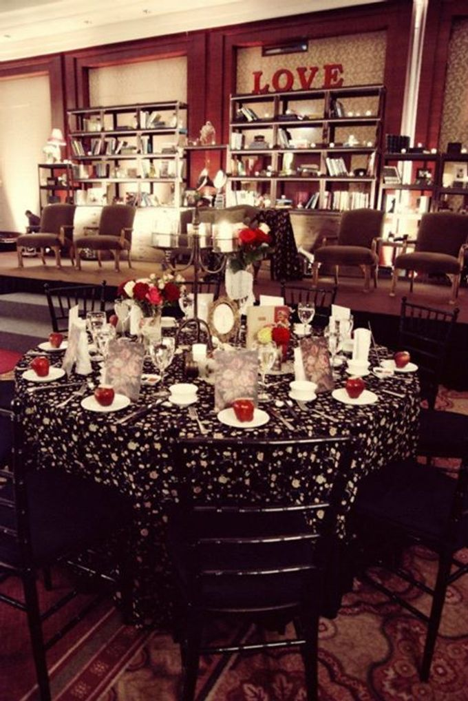 Bohemian Rhapsody by Tea Rose Wedding Designer - 015