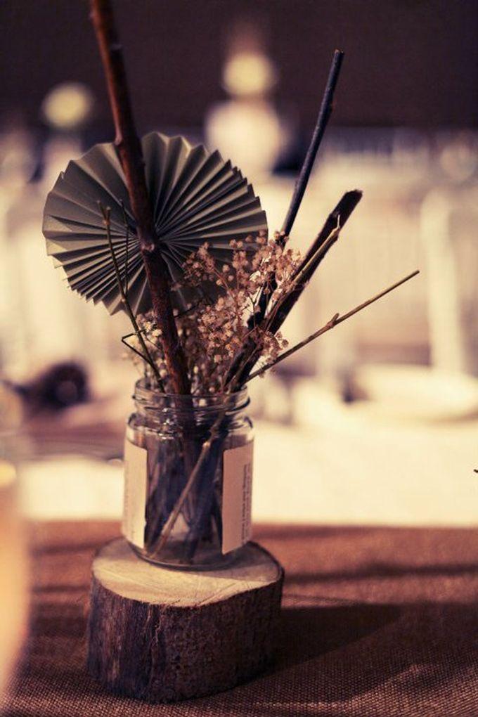 White Vintage Charm by Tea Rose Wedding Designer - 022
