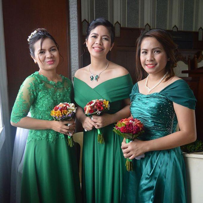 Made-to-Measure Emerald Bridesmaid Dress by Belle en Blanc Bespoke Bridal - 002