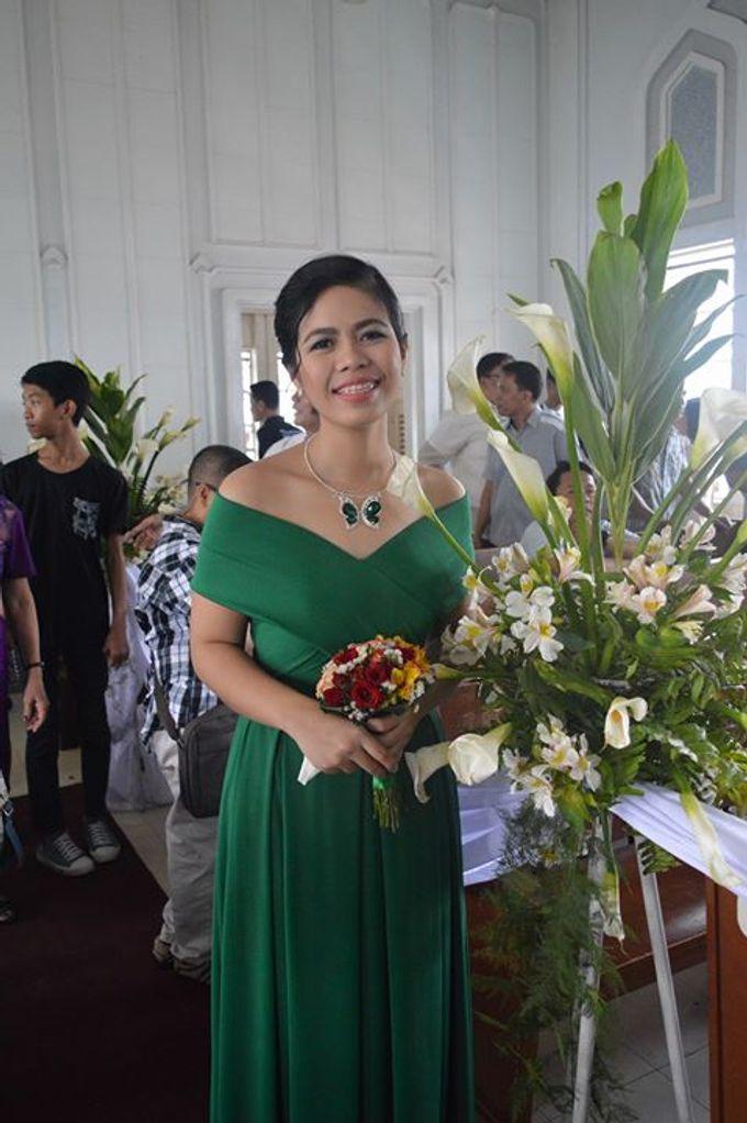Made-to-Measure Emerald Bridesmaid Dress by Belle en Blanc Bespoke Bridal - 004