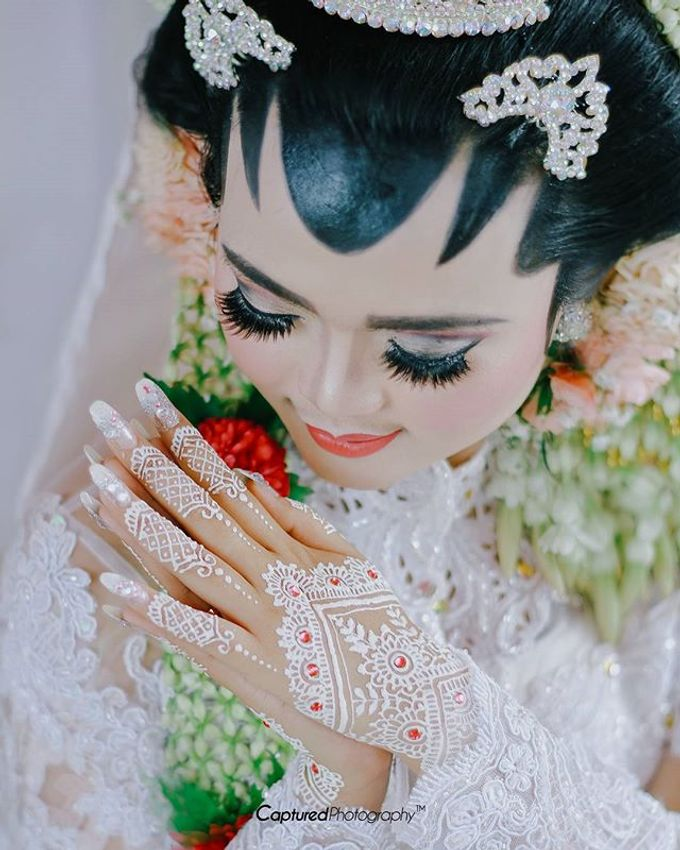 wedding photography by Captured Photography - 003