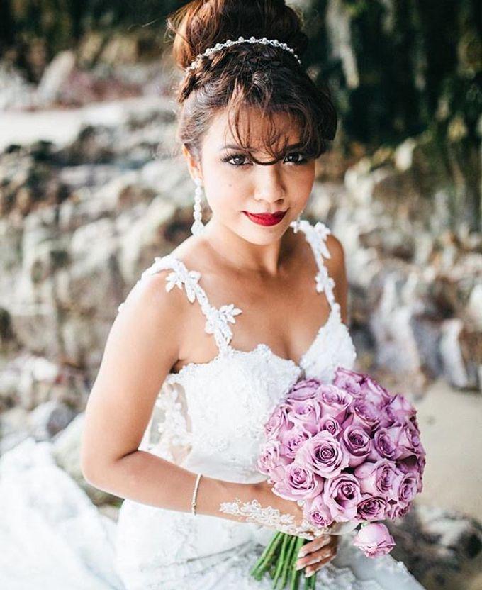 Bridal Hand Bouquet by Petite Fleur SG - 004