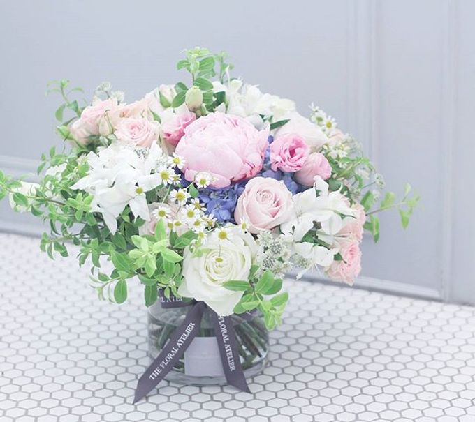 SIGNATURE BOUQUETS by The Floral Atelier - 011