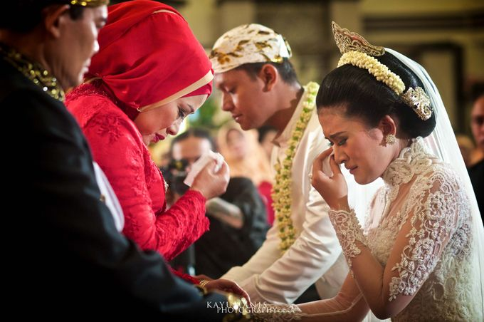 Gessa And Adjie Wedding Ceremony by D&D Professional Make Up Artist & Kebaya By Dindin Nurdiansyah - 015
