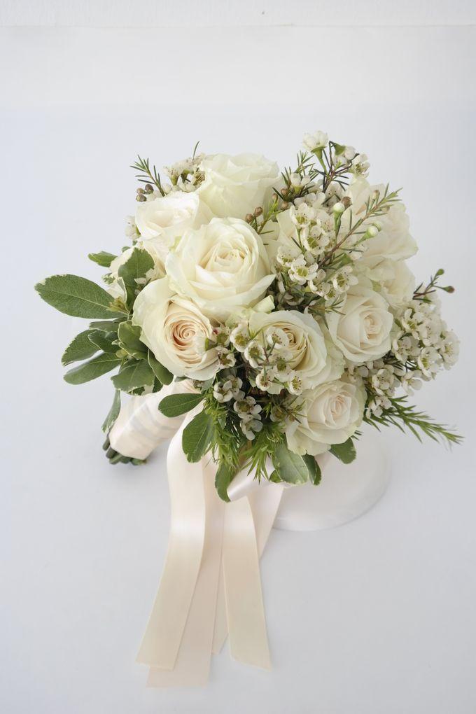 Wedding Bouquet by Hana Flower Boutique by Hana Flower Boutique - 009