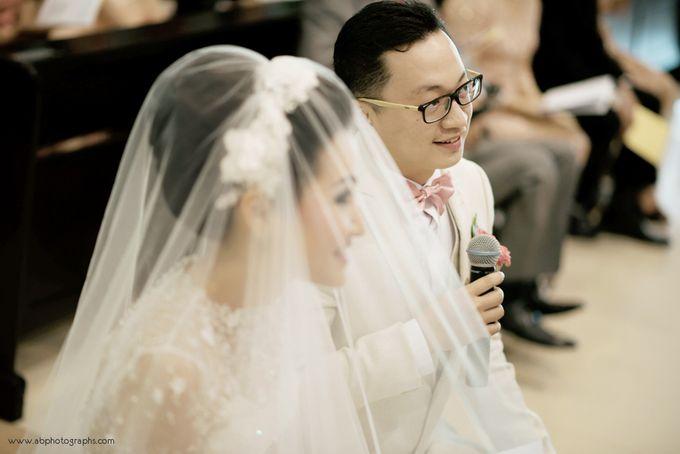 THE WEDDING OF RICHARD & LYDIA by Cynthia Kusuma - 015